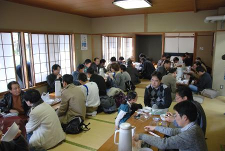 101205_lunch_2.JPG